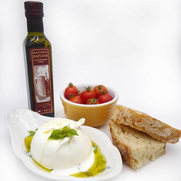 mozzarella con olio extravergine di oliva del gargano